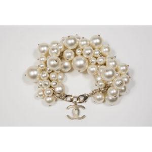 chanel-grosses-perles-1